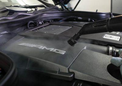 Parní čištění čištění MB E212 AMG