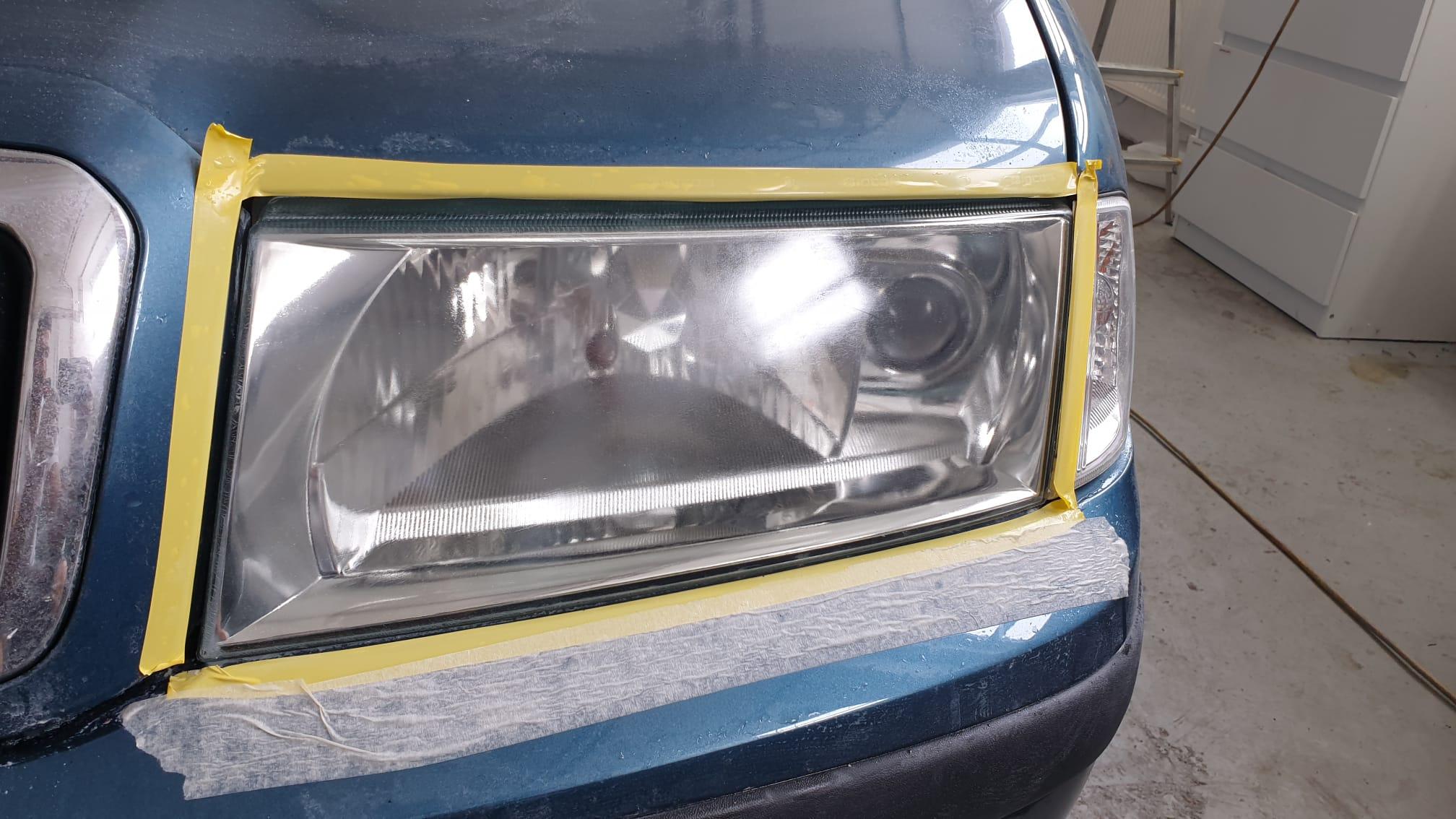 Renovace světlometů