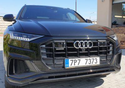 Leštění laku a voskování auta AUDI Q8