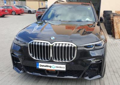 Voskování a leštění laku BMW X7